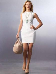 З чим носити біле плаття  2bd792f6479b6